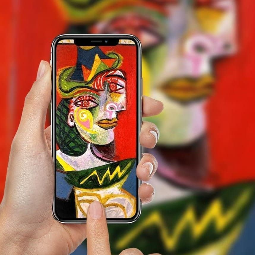 /art-collecting-launches-nft-platform-on-tezos-blockchain-domain-r63n3473 feature image