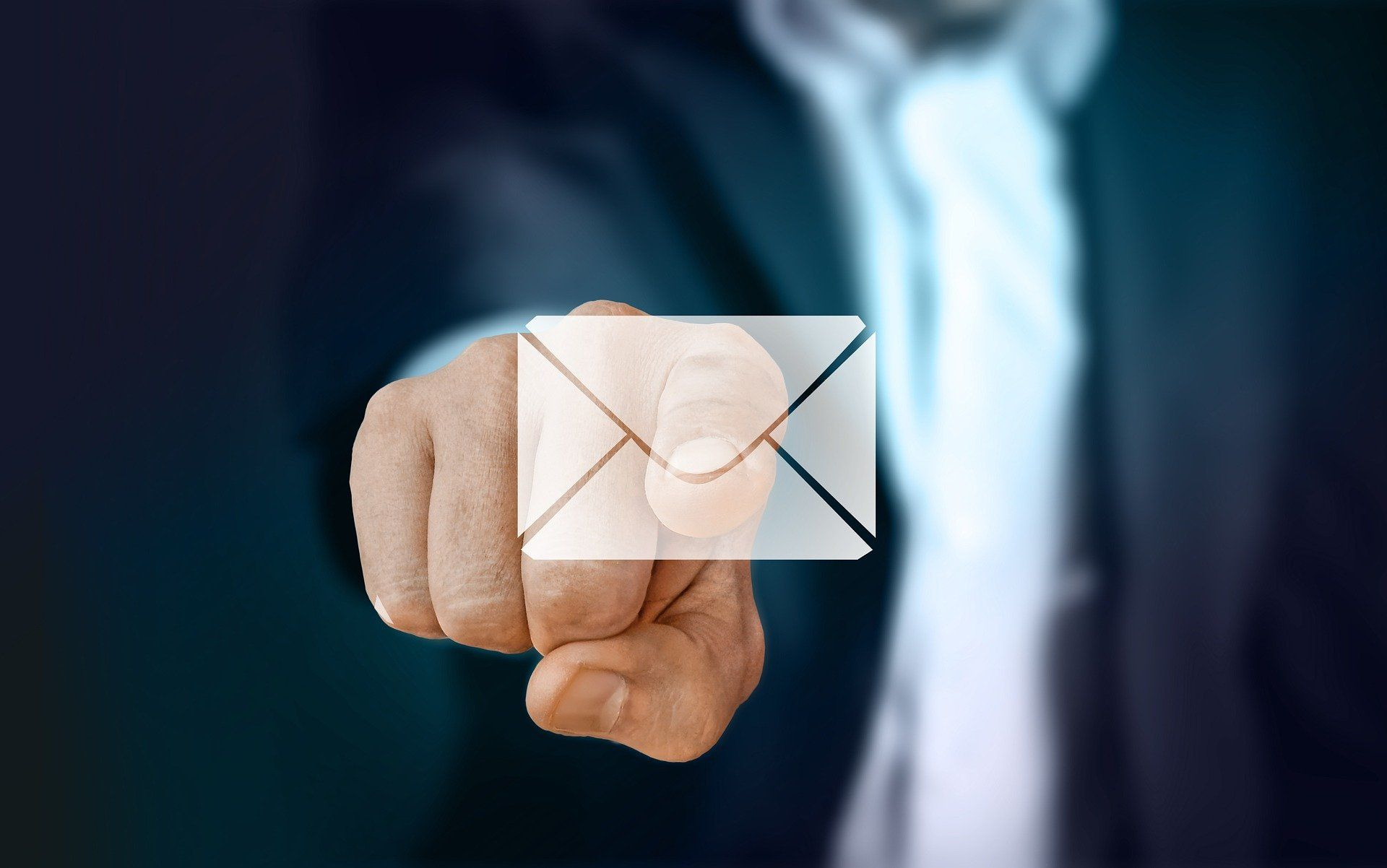 /do-cybercriminals-already-have-access-to-your-email-qff931hm feature image