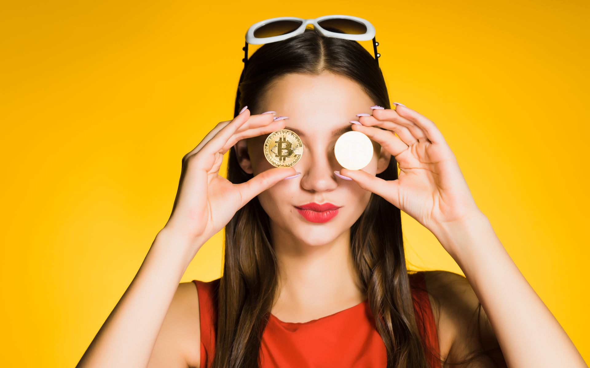 /financial-freedom-attracts-women-to-crypto-ca1x37me feature image