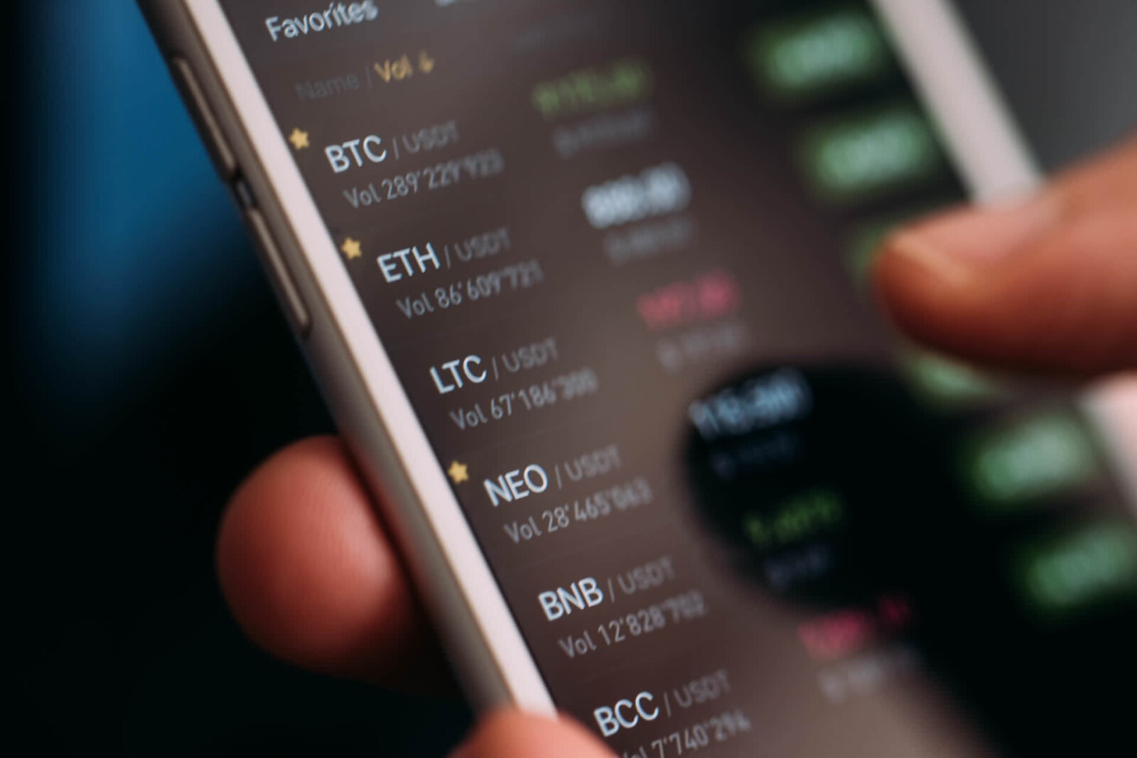 /why-are-crypto-exchanges-banning-bch-and-bsv-601633ve feature image