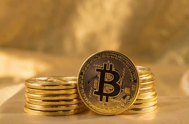 /4-reasons-why-crypto-loans-are-gaining-currency-worldwide-151z34ti feature image
