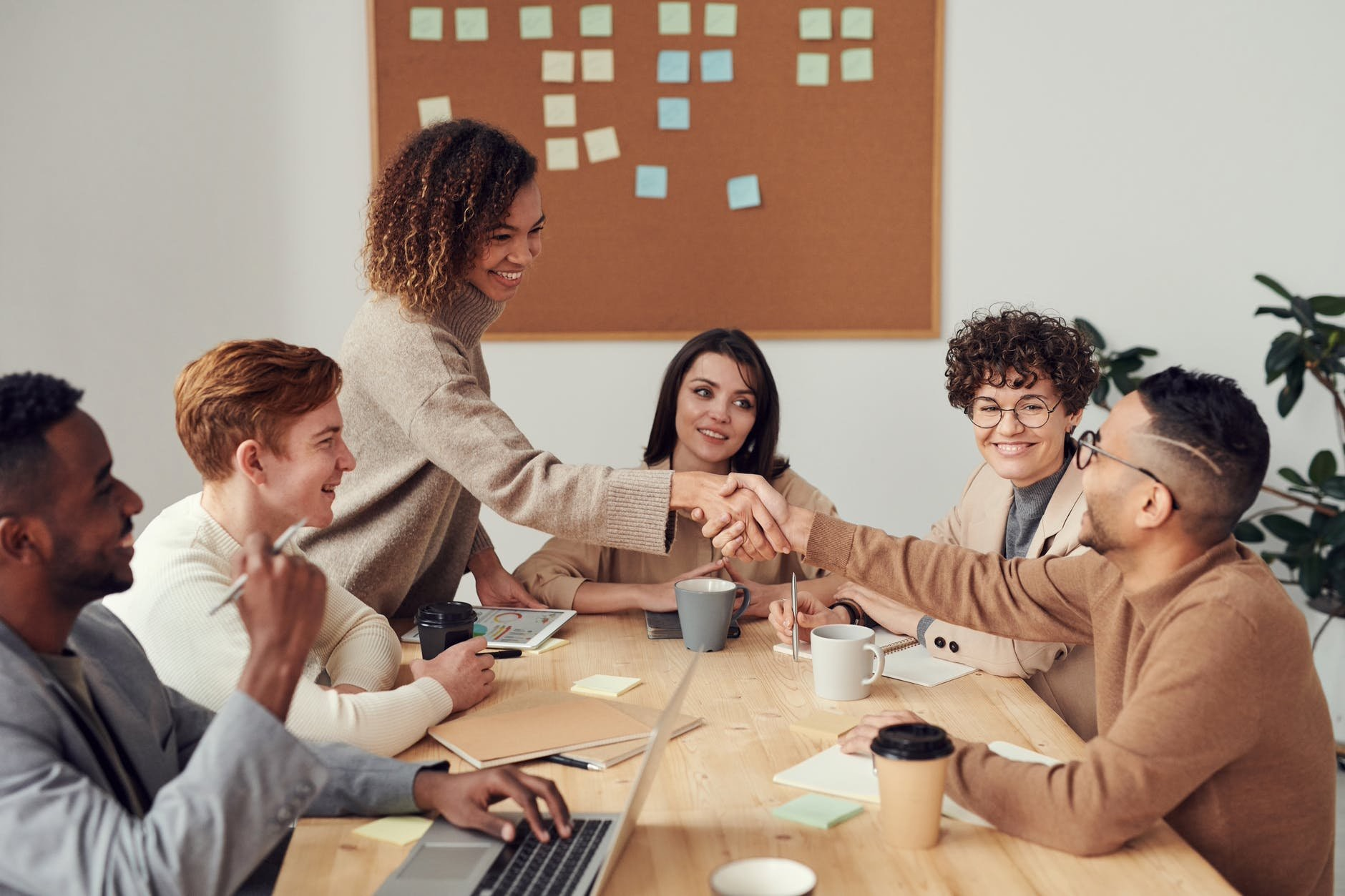 /successfully-change-collaborative-meetings-with-these-five-proven-methods-of-facilitation-no2n31pu feature image