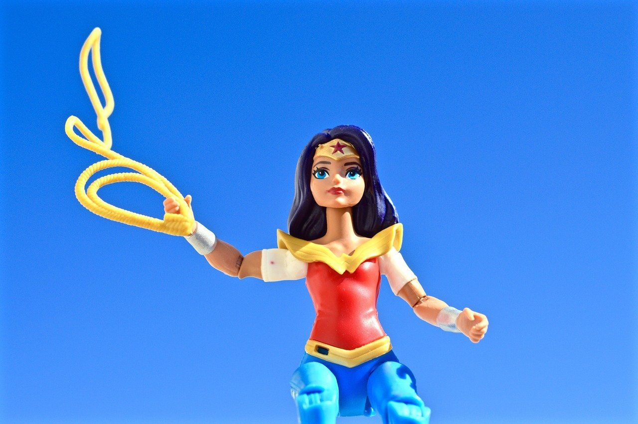 /wonder-woman-1984-couldve-done-better-if-it-was-named-for-the-years-1994-or-2004-0b4b34va feature image