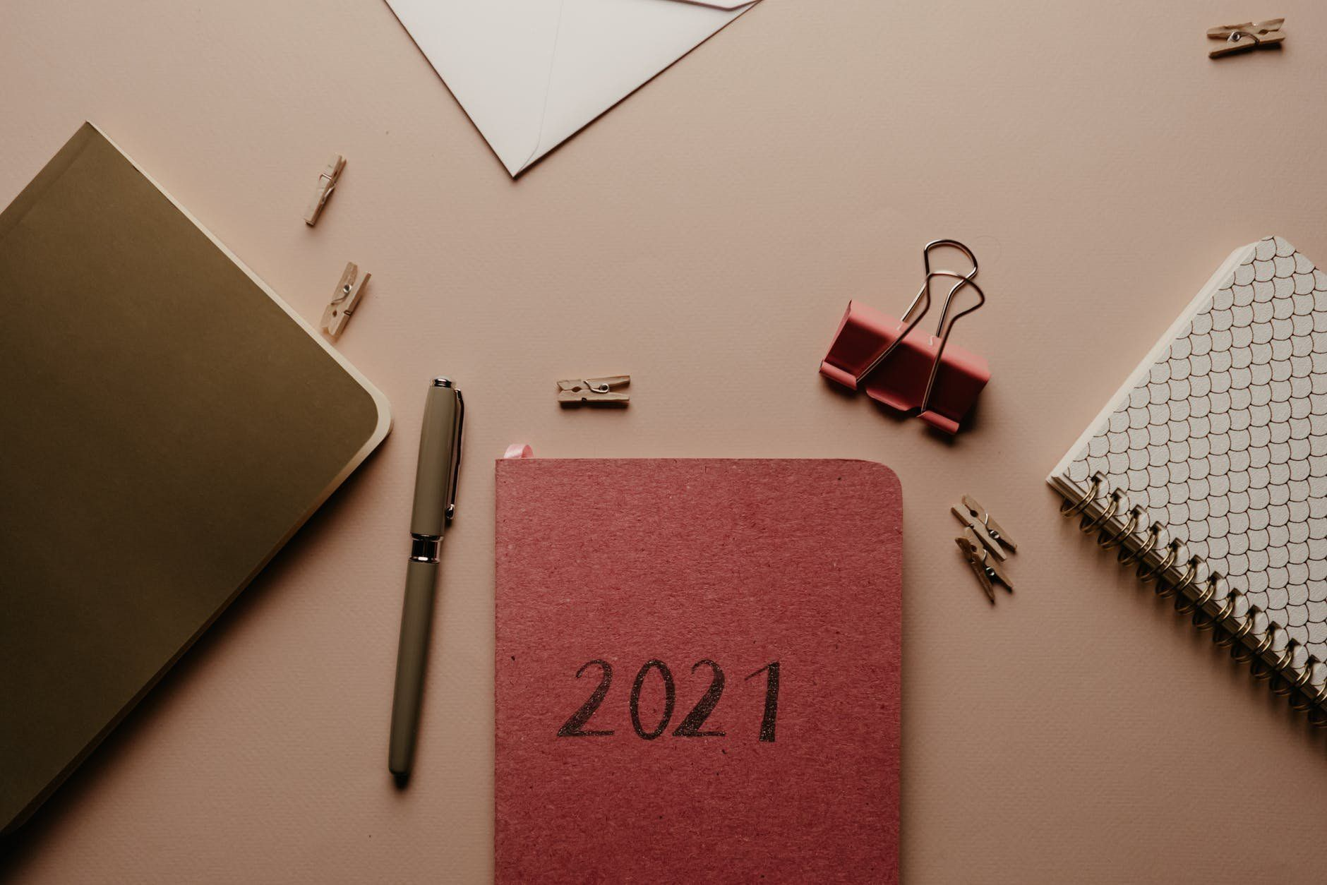 /startups-need-to-make-these-4-new-years-resolutions-1b4731zv feature image