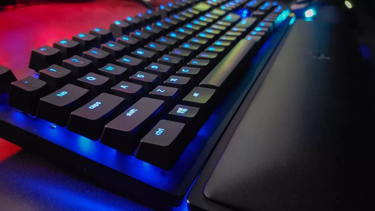 /81-essential-windows-keyboard-shortcuts-gz2h35tw feature image