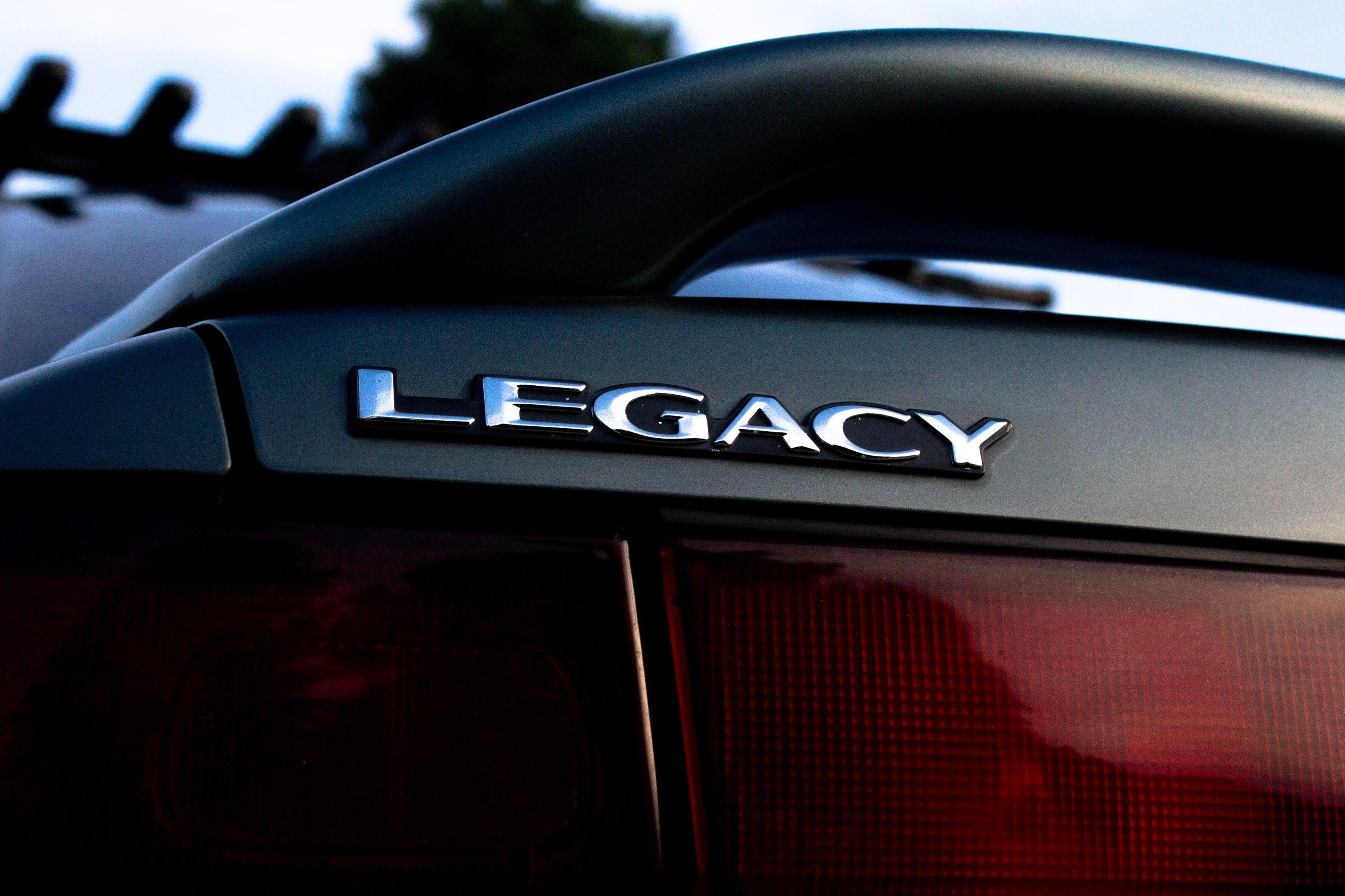 /what-is-legacy-software-an-introductory-guide-ax2m34a5 feature image