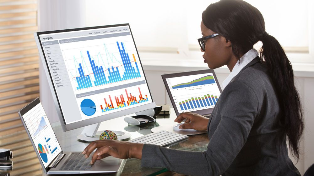 /top-job-driven-data-analyst-skills-in-2021-q01t32ou feature image