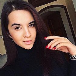 Natalie Hacker Noon profile picture