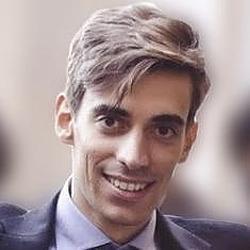 Eduardo M. Hacker Noon profile picture