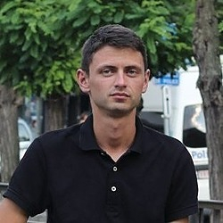 Yaroslav Kuflinski Hacker Noon profile picture