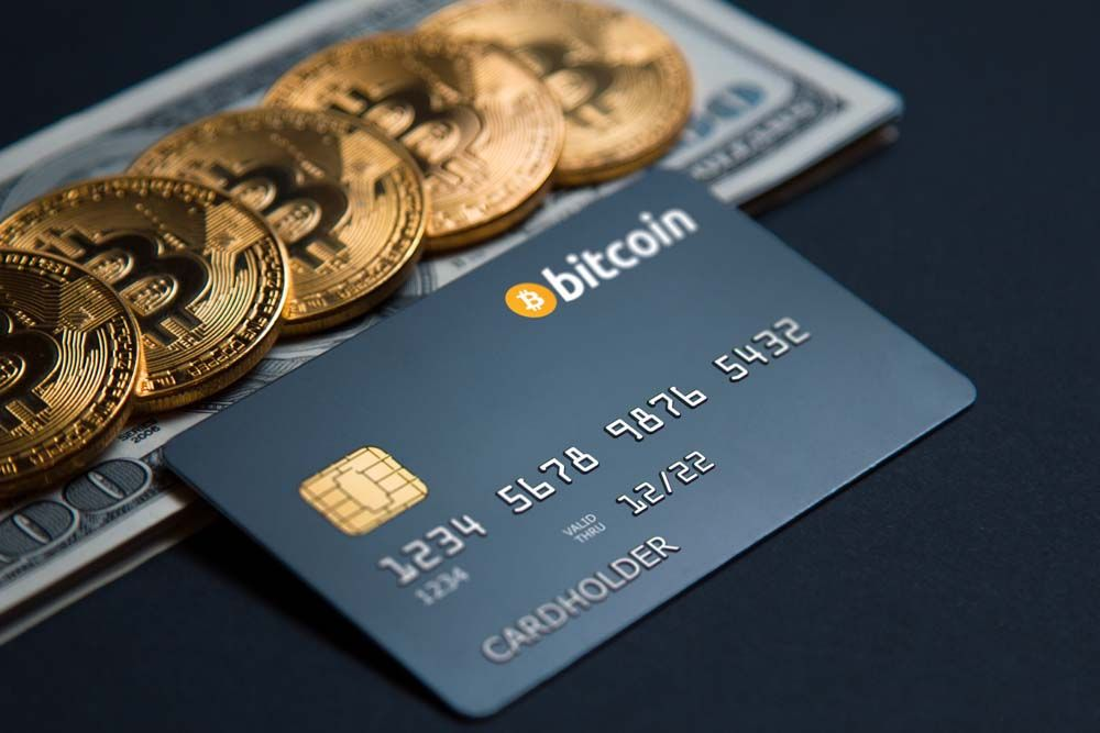 /crypto-cards-2021-bitpay-vs-wirex-vs-cryptopay-vs-ttm-bank-nh2p33bk feature image