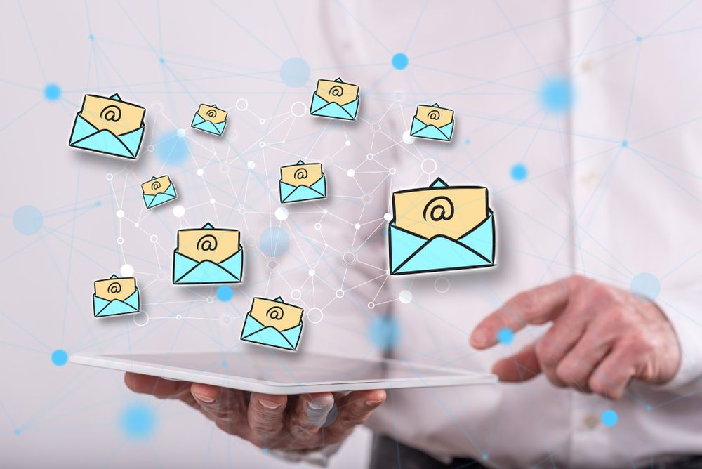 /how-should-you-choose-an-email-marketing-platform-for-your-business-q92335ve feature image