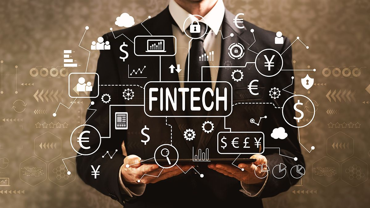 /top-5-financial-technology-fintech-trends-to-watch-out-for-in-2021-9j2p37zs feature image