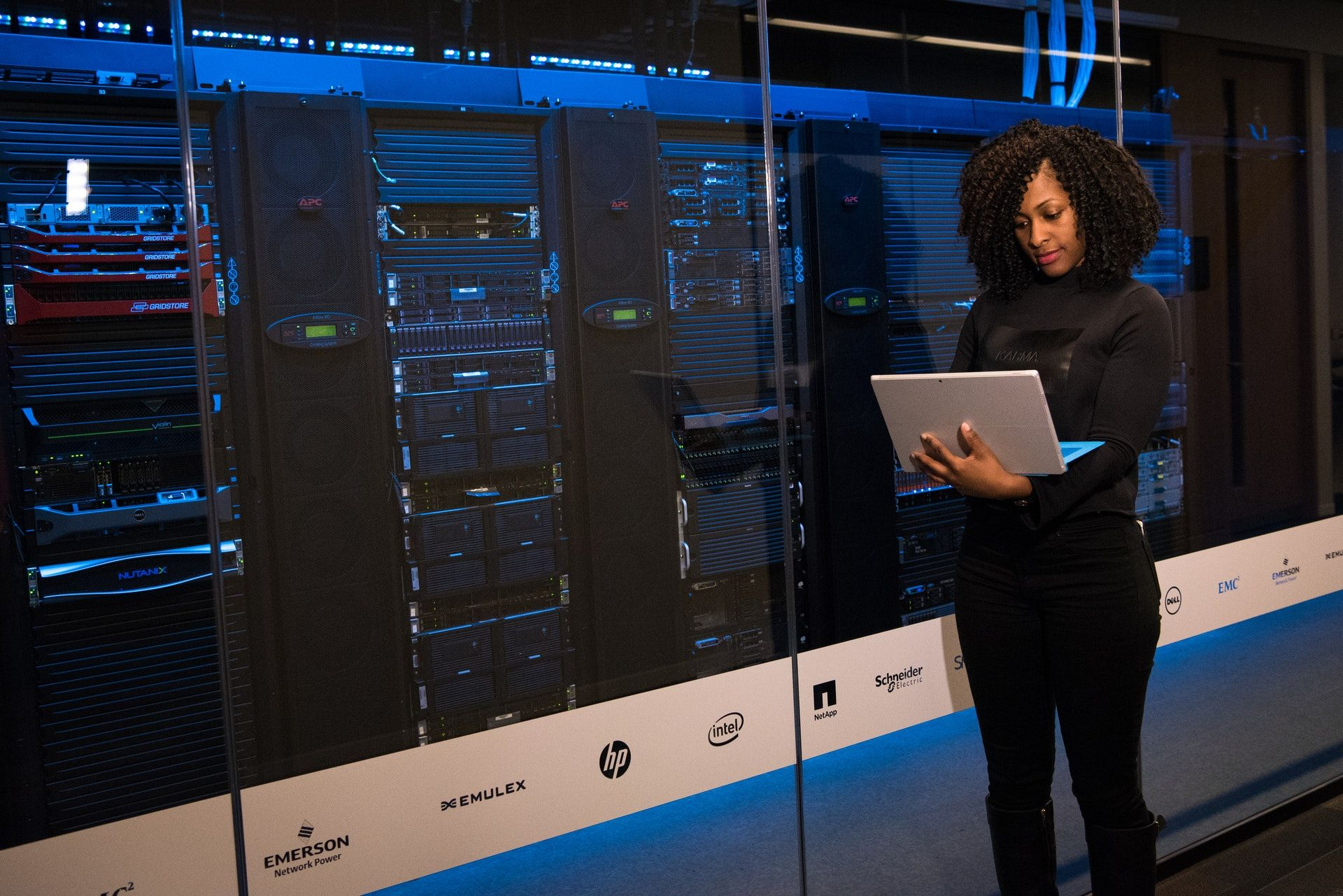 /these-shifts-will-shape-the-future-of-data-centers-cnt33s6 feature image
