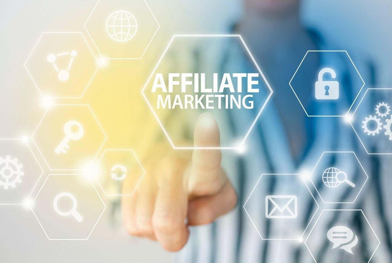 /10-awesome-affiliate-marketing-tactics-that-generate-more-sales-fb5832ys feature image