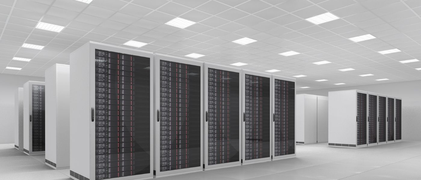 /understanding-the-importance-of-soc2-compliance-for-data-centers-ni7g33gz feature image