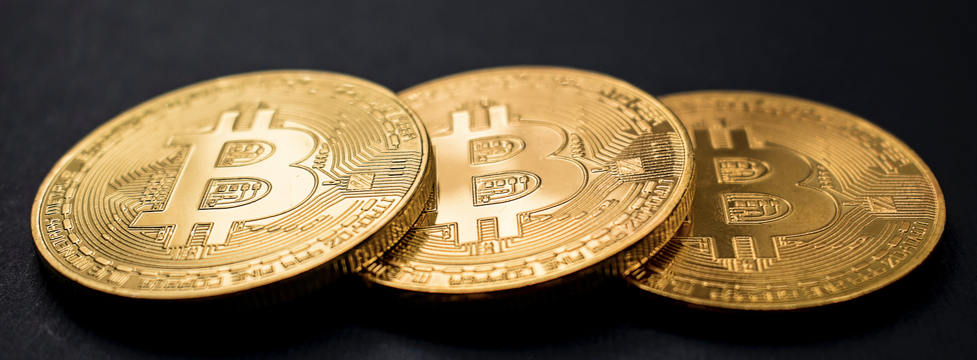 /the-bitcoin-blockchain-is-overvalued-oo1128cy feature image