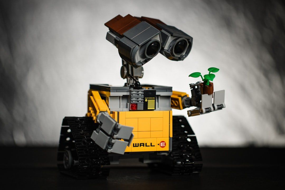 /the-issue-of-machine-ethics-and-robot-rights-xv6t31b2 feature image