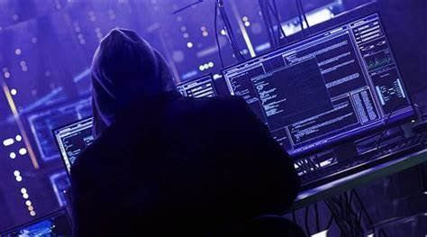 /the-five-linux-operating-systems-hackers-prefer-izf231bw feature image